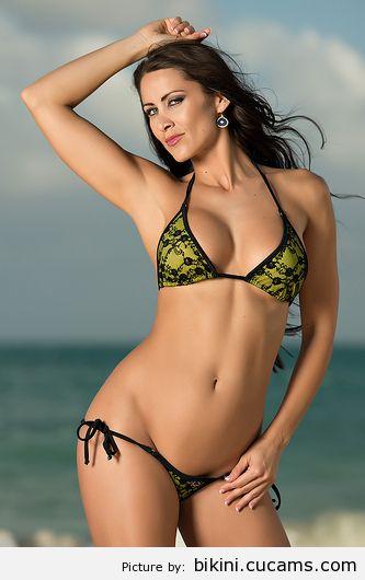 Bikini Slim Mask by bikini.cucams.com