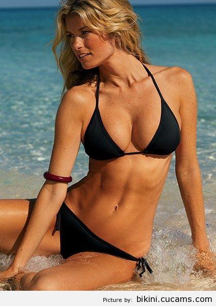 Bikini Noisy Cam by bikini.cucams.com