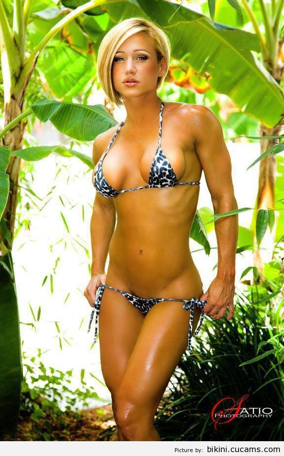 Bikini Wax Lap by bikini.cucams.com