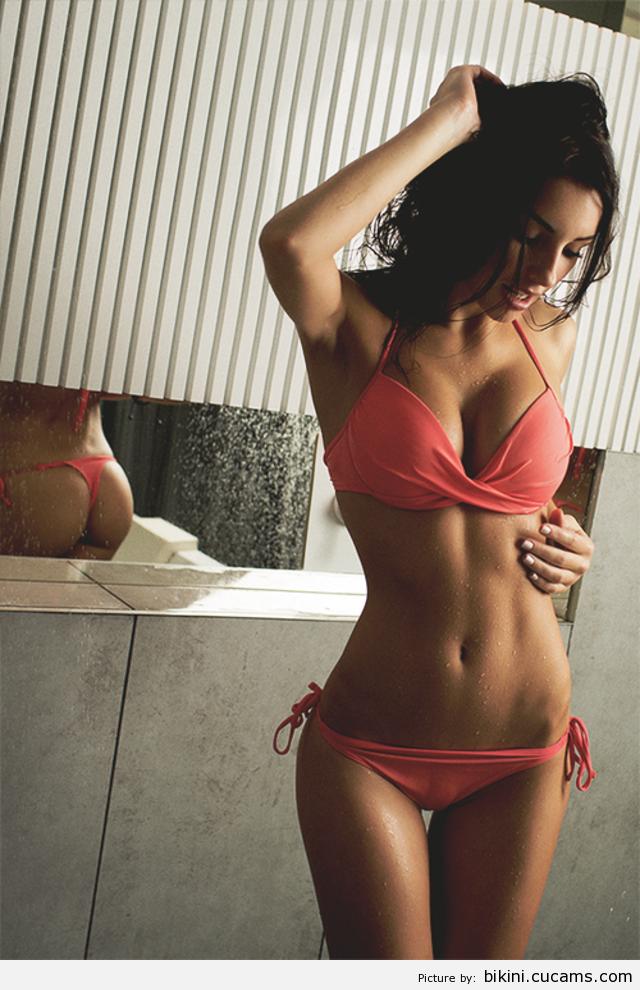 Bikini Babe Classy by bikini.cucams.com