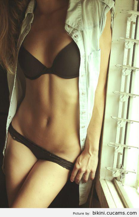 Bikini Bisexual Queen by bikini.cucams.com