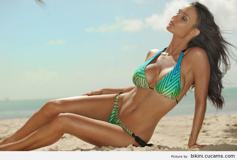 Bikini Pregnant Fat by bikini.cucams.com