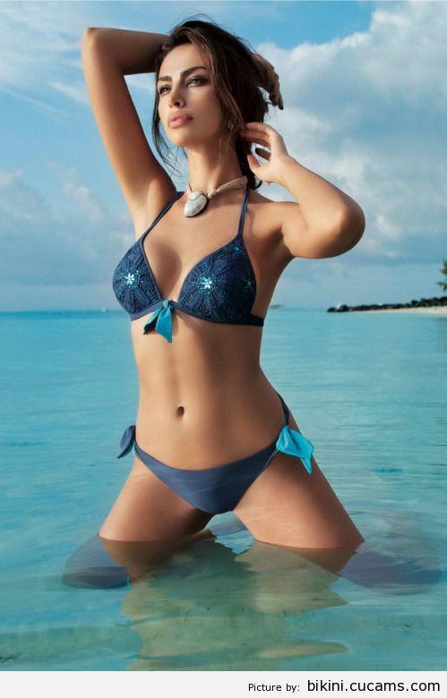 Bikini Woman Adorable by bikini.cucams.com