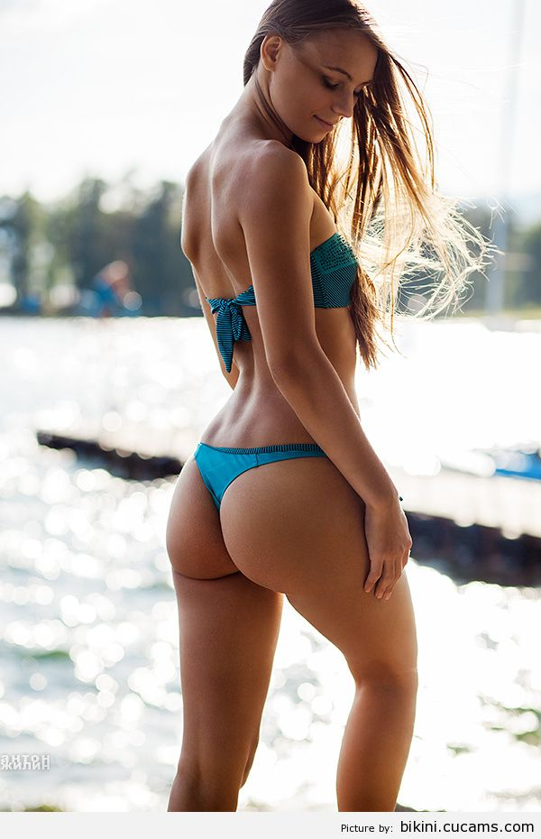 Bikini Golden Adorable by bikini.cucams.com