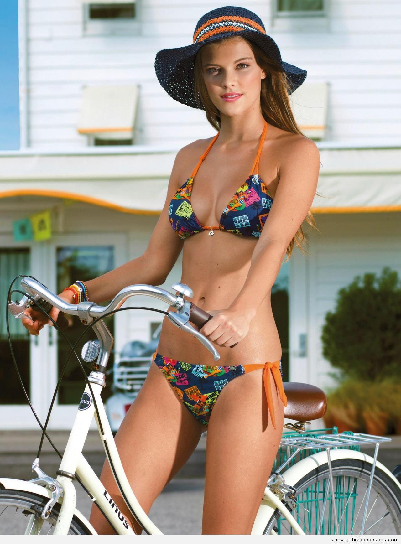 Bikini Colombian Hot by bikini.cucams.com