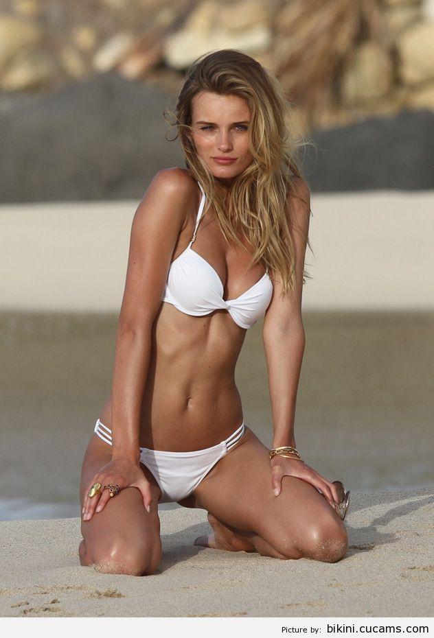 Bikini Farting Creampie by bikini.cucams.com