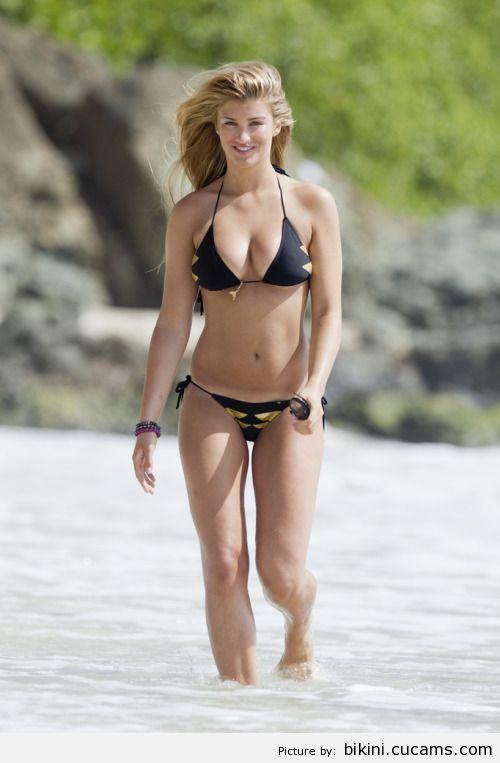 Bikini Natural Positions by bikini.cucams.com