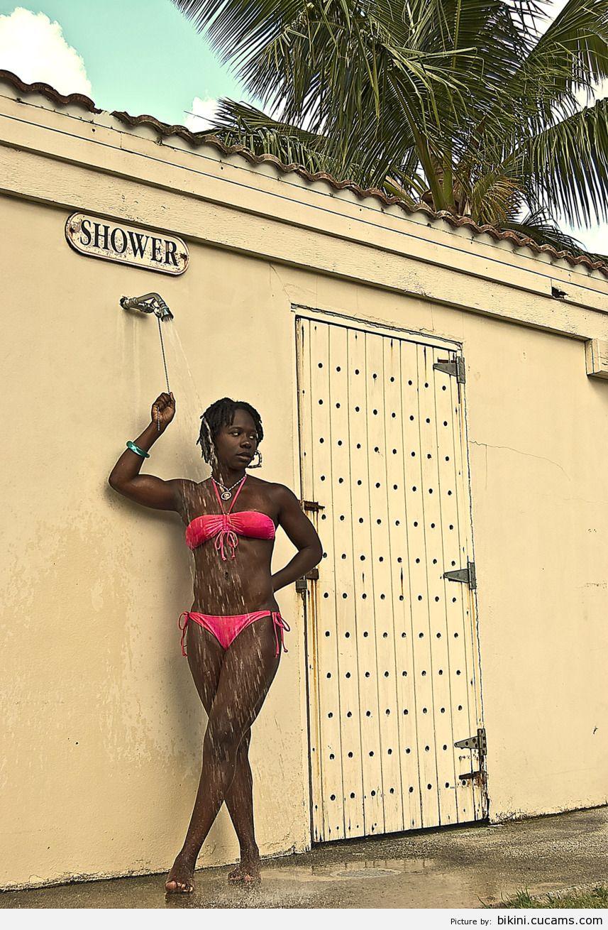 Bikini Muscled Argentinian by bikini.cucams.com