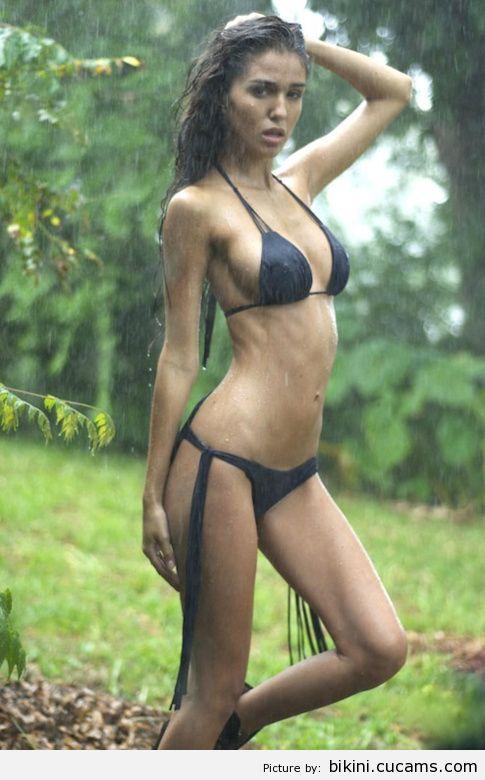 Bikini Stretching Redhead by bikini.cucams.com