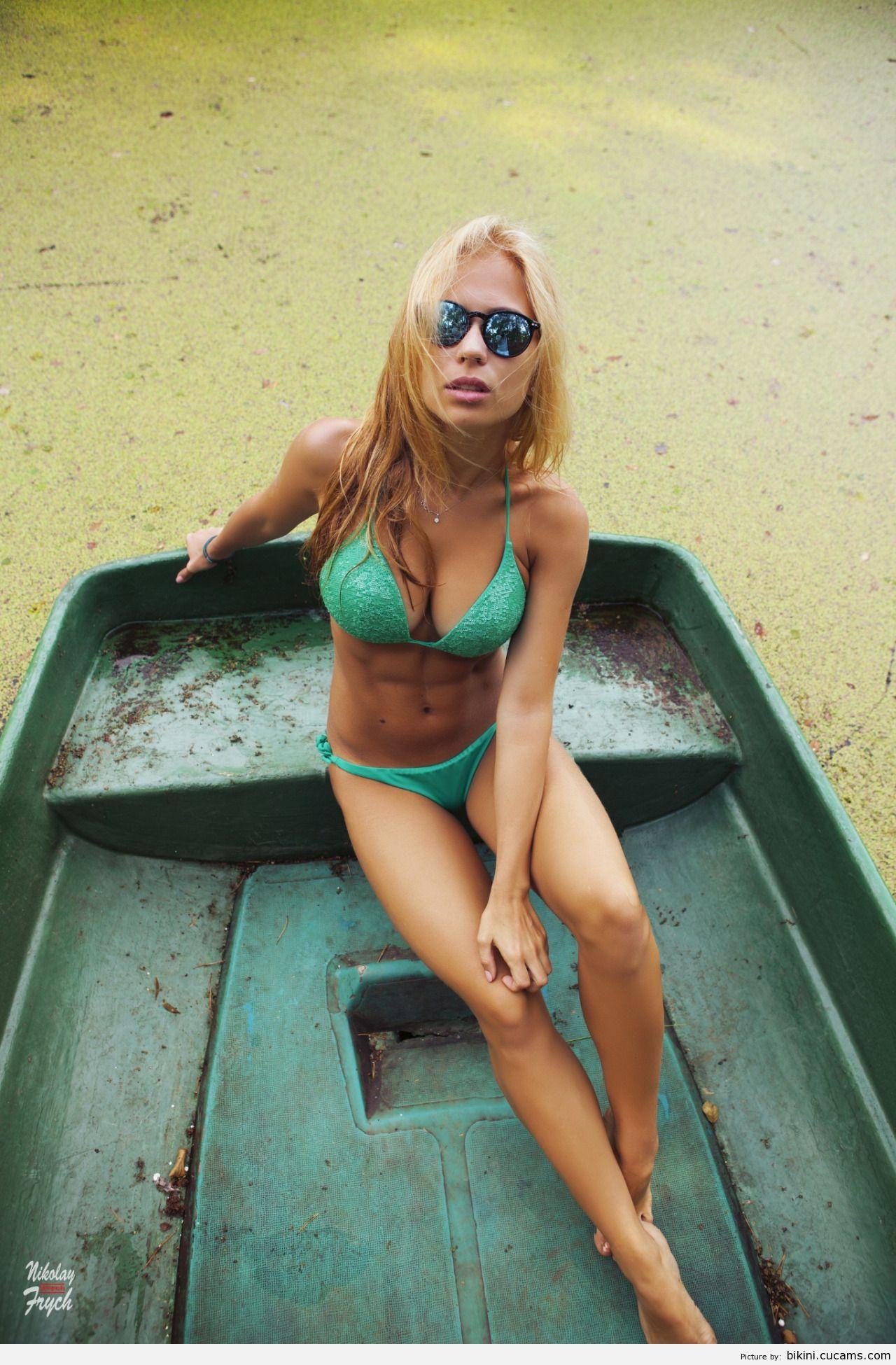 Bikini Wife Fetish by bikini.cucams.com