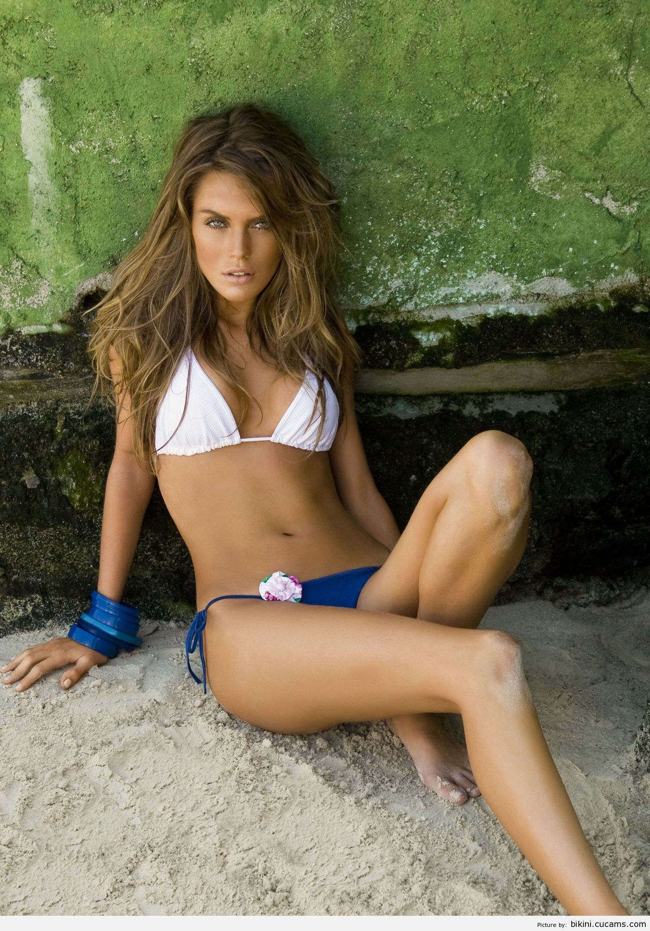 Bikini Reverse Messy by bikini.cucams.com