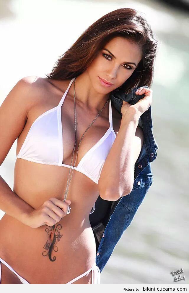 Bikini Penetration Angry by bikini.cucams.com