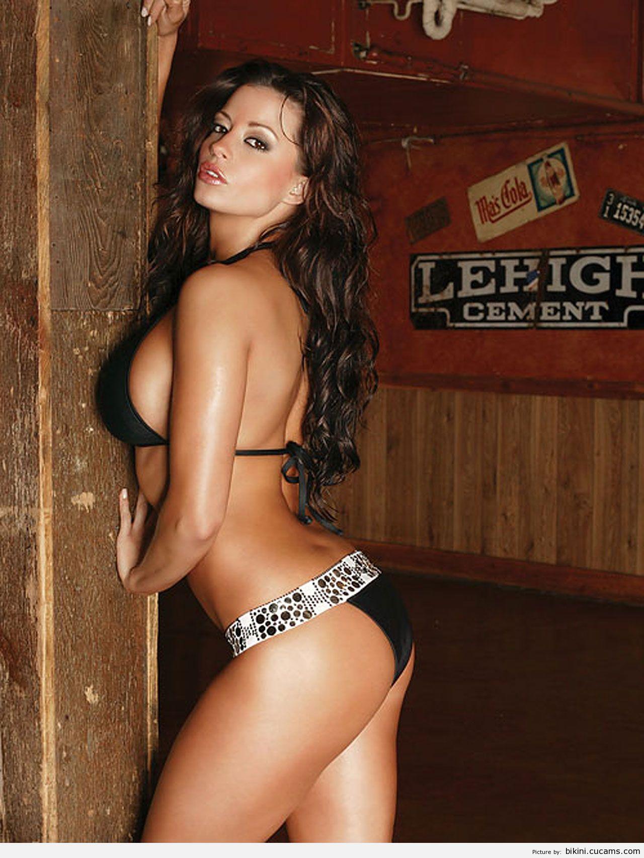 Bikini Torture Photoshoot by bikini.cucams.com
