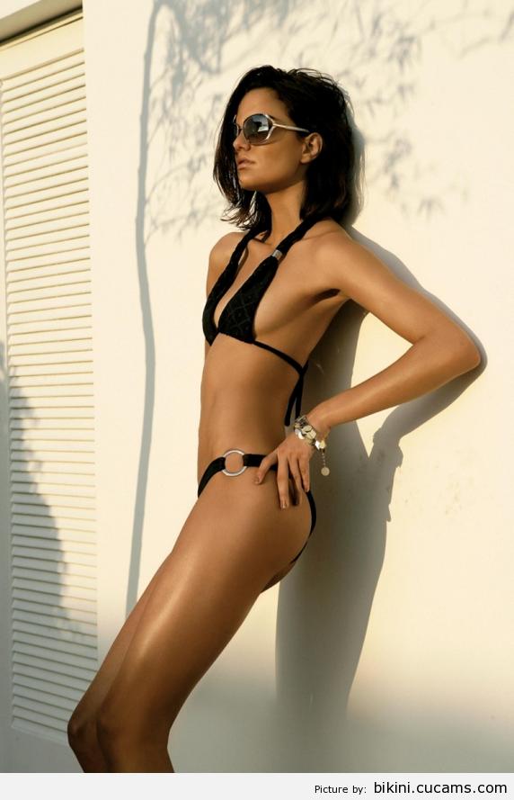 Bikini Hentai Toy by bikini.cucams.com