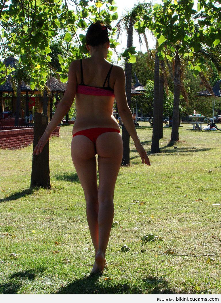 Bikini Orgy Smoking by bikini.cucams.com