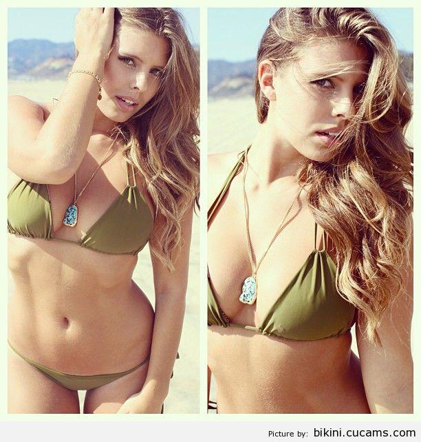 Bikini Positions Beauty by bikini.cucams.com