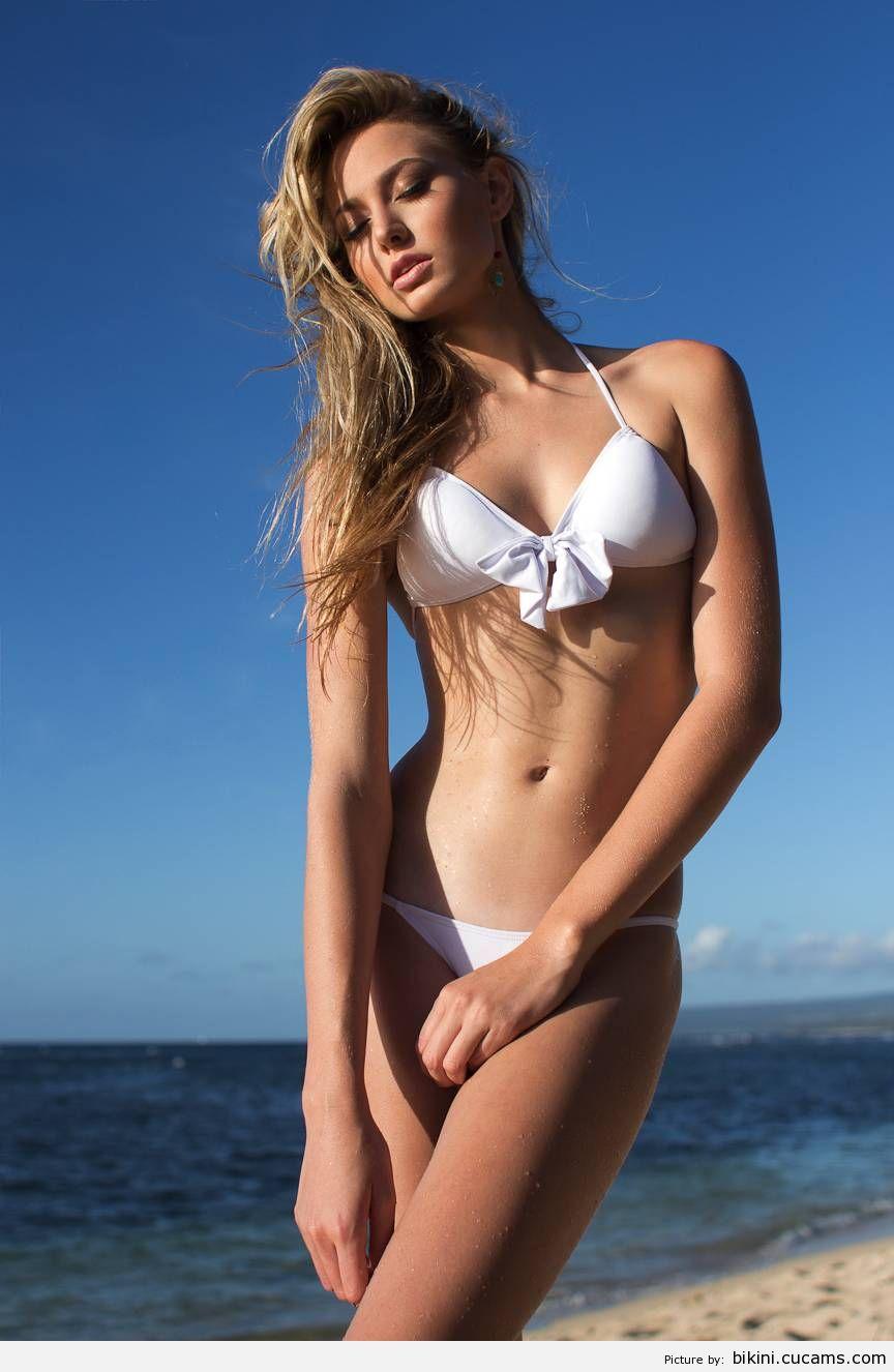 Bikini Spandex Latina by bikini.cucams.com