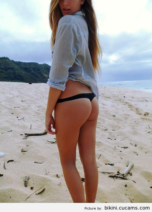Bikini Topless Asian by bikini.cucams.com