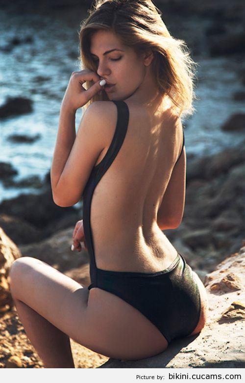 Bikini Bondage Wild by bikini.cucams.com