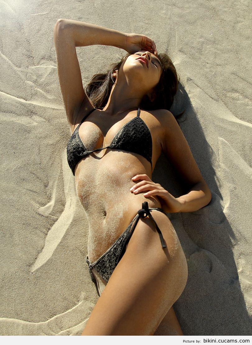 Bikini Reverse Swimsuit by bikini.cucams.com