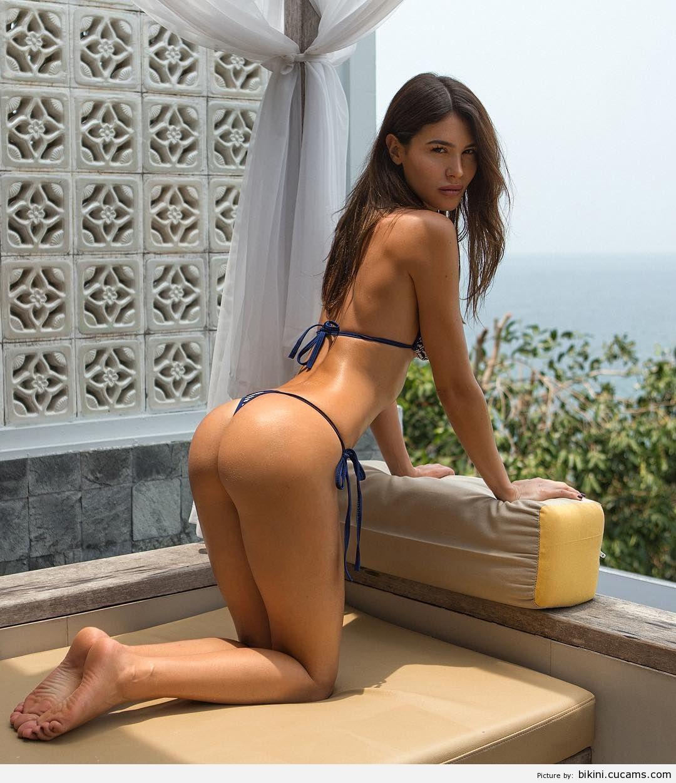 Bikini Reverse Behind by bikini.cucams.com