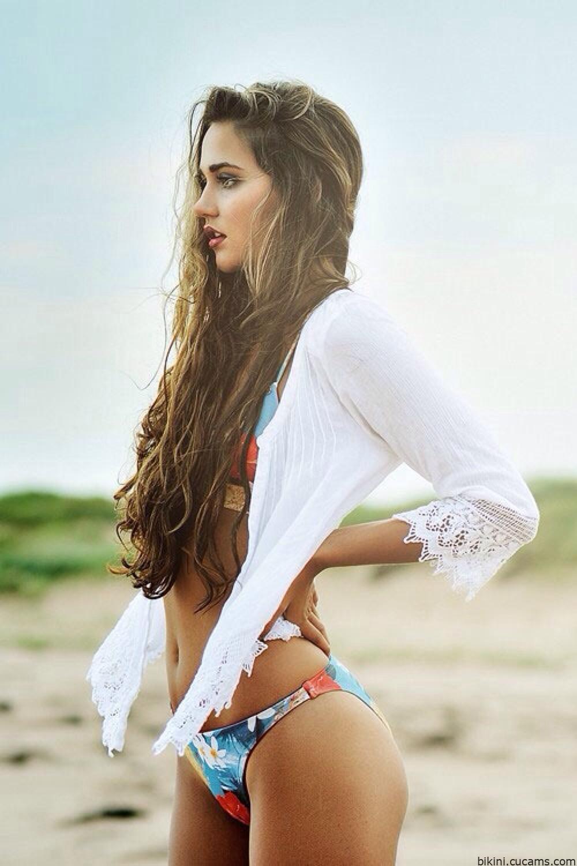Bikini Facial Tattoo by bikini.cucams.com