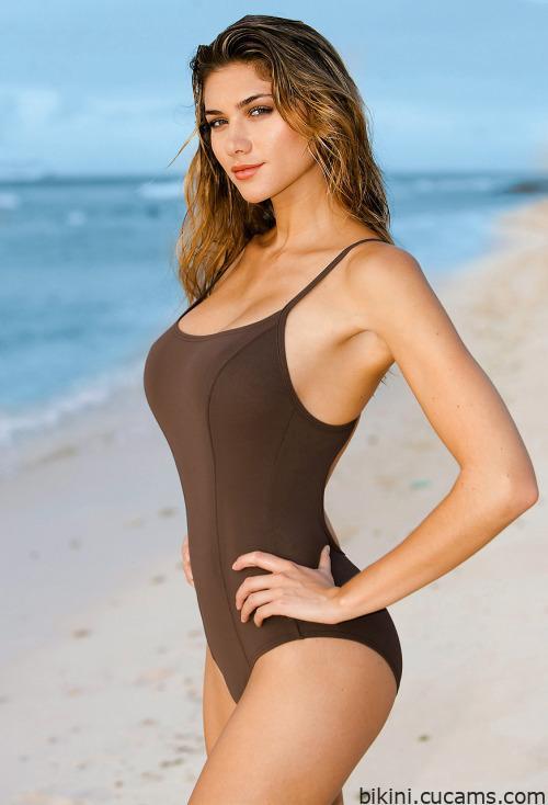 Bikini Reality Bodybuilder by bikini.cucams.com