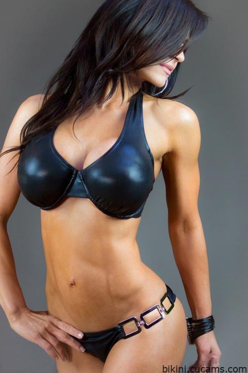 Bikini Piercing Underwear by bikini.cucams.com