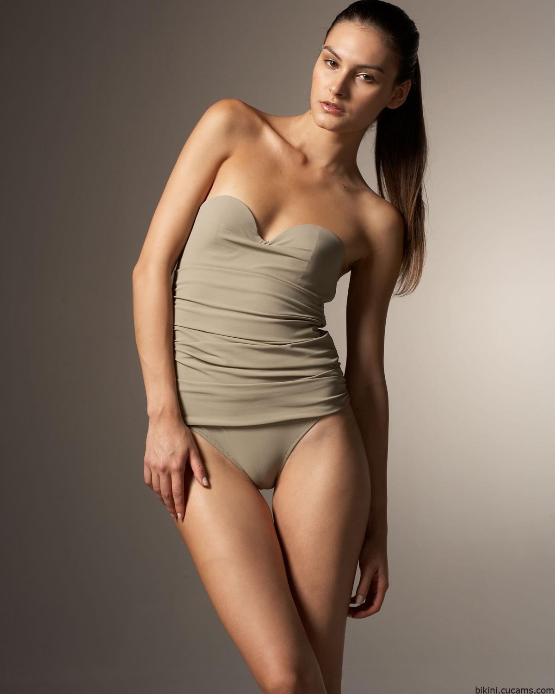 Bikini Yoga Stockings by bikini.cucams.com