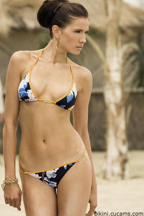 Bikini Goddess Masturbation by bikini.cucams.com
