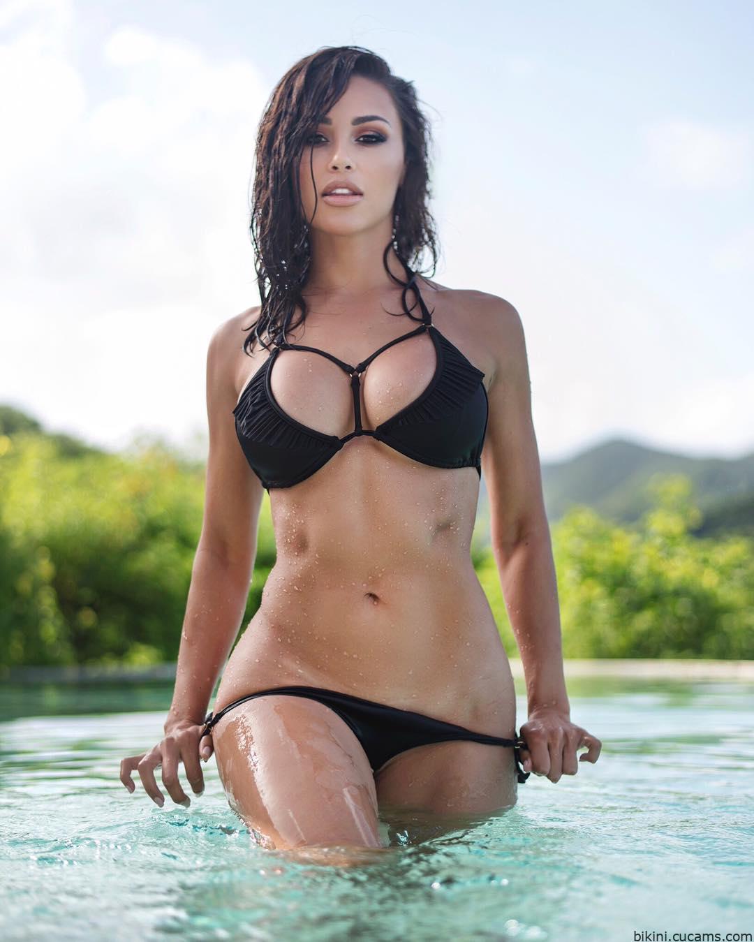 Bikini Cowgirl Gangbang by bikini.cucams.com