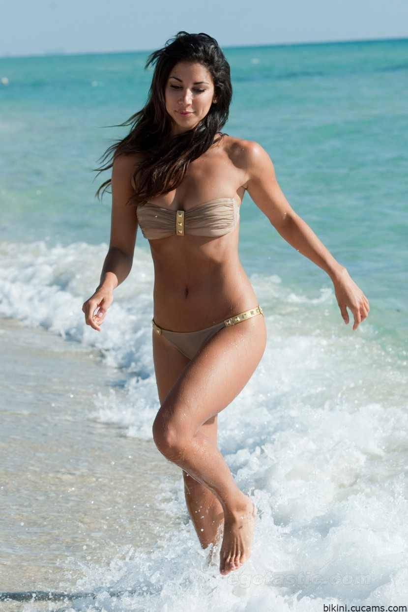 Bikini Milk Nylon by bikini.cucams.com