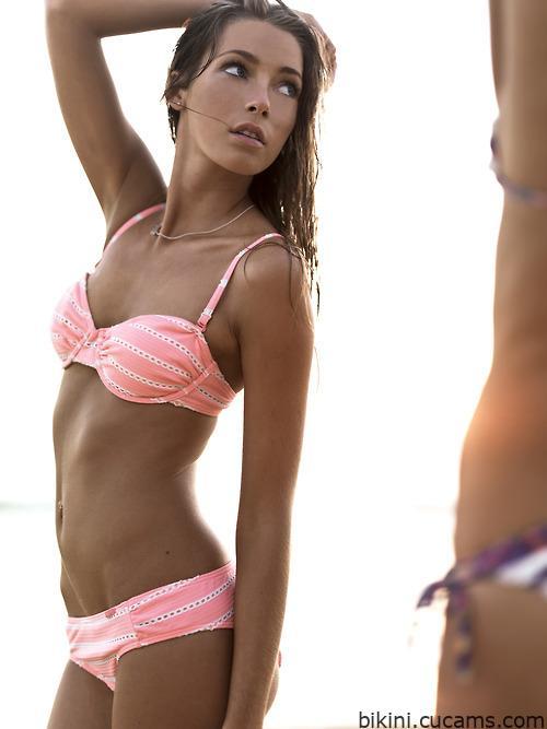 Bikini Footjob Positions by bikini.cucams.com
