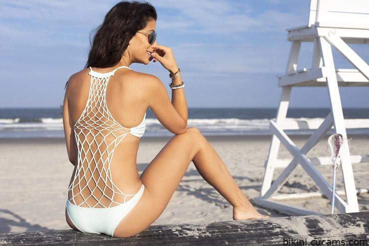 Bikini Latina Queen by bikini.cucams.com
