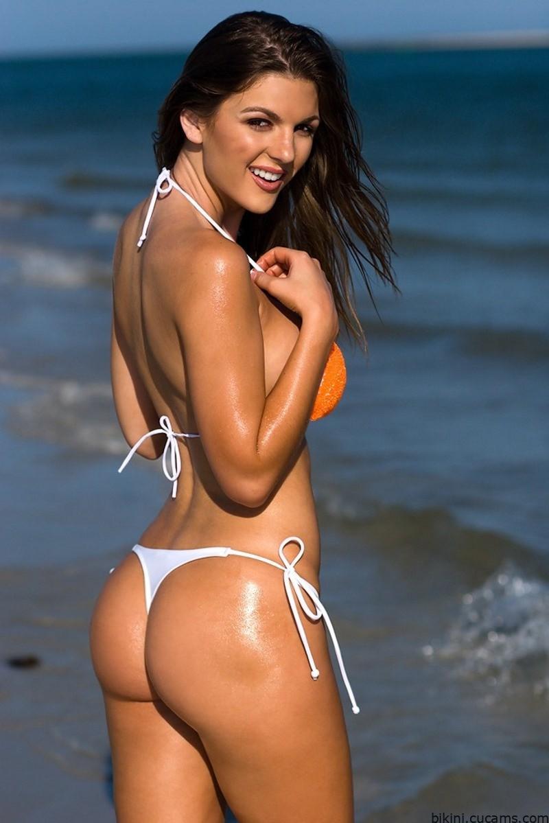Bikini Gyno Surprise by bikini.cucams.com