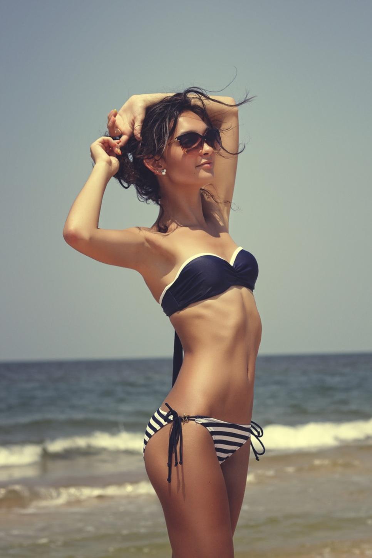 Bikini Skirt Oral by bikini.cucams.com